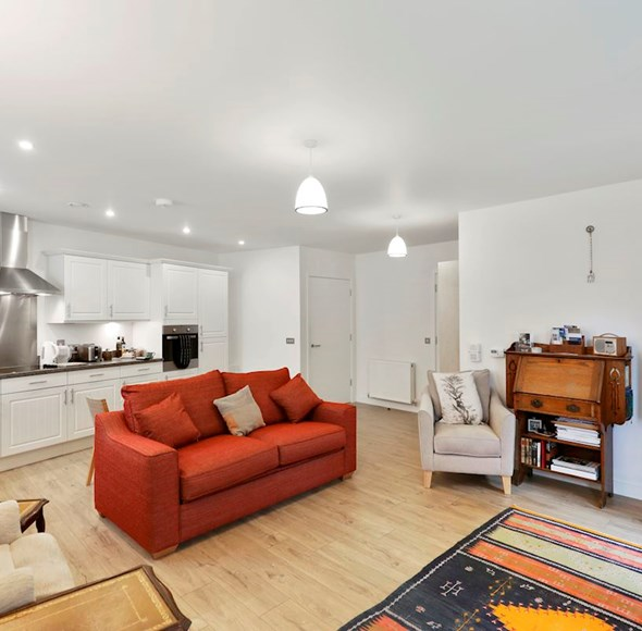 Reception at Flat 1, 4a Thornlaw Road